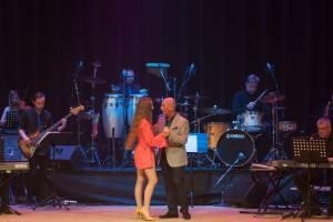 В Брянске к 8 Марта женщинам подарят концерт «Если б не было тебя…»
