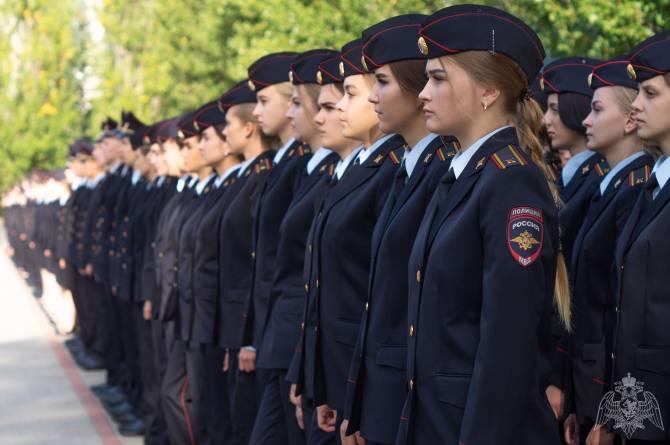 Брянских старшеклассников пригласили на учебу в вузы системы МВД