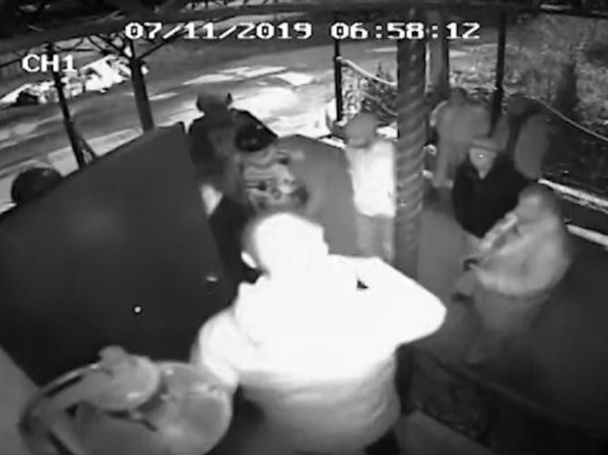 Брянский блогер Коломейцев опубликовал видео обыска в своем доме