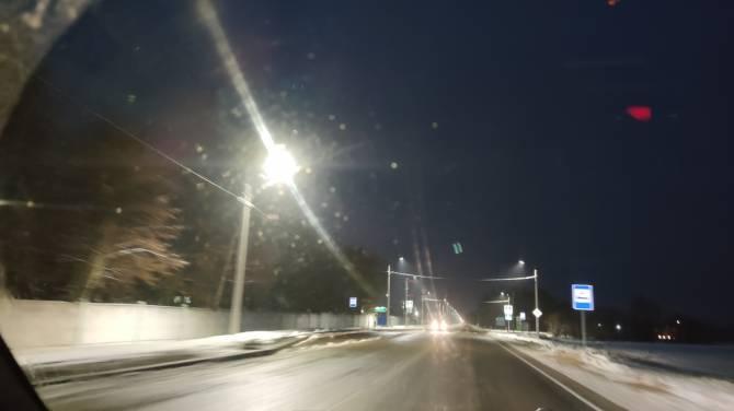 В Новозыбкове осветили опасную дорогу до поселка Мамай