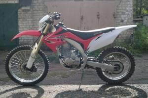 У жителя Брянска из гаража украли мотоцикл