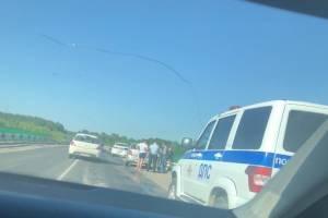 На мосту под Брянском два автомобиля не поделили дорогу