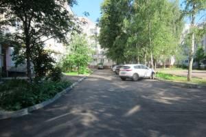 В Брянске завершается ремонт самого крупного из благоустраиваемых дворов