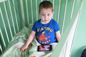 Брянцы собрали 19 тысяч рублей для тяжелобольного двухлетнего мальчика