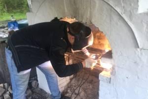 Брянские волонтеры восстановили печь на стоянке отряда Виноградова