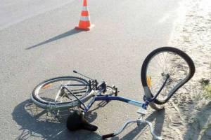 В Брянске на Володарке водитель иномарки сбил 70-летнего велосипедиста