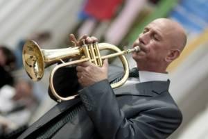 Худрука Брянского городского оркестра Бениамина Мирзояна похоронят на Аллее Славы