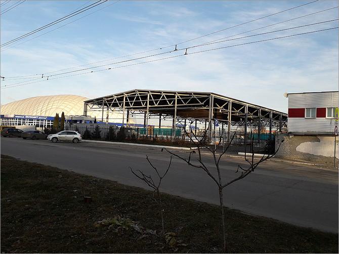 В Брянске притормозили реконструкцию ледового дворца «Десна»