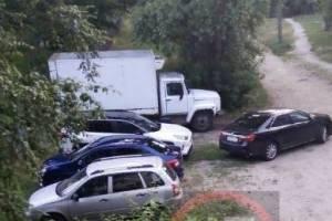 В Брянске сняли на фото «мастера» парковки