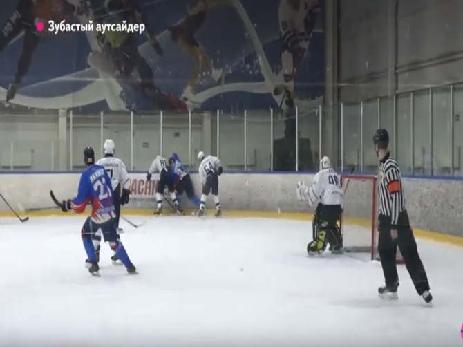 Хоккейный клуб «Брянск» превратилась в фаворита молодёжной лиги