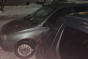 В Брянске водитель «Калины» запер чужой автомобиль за парковку на «его» месте