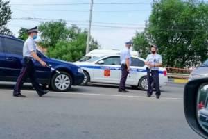 В Унечском районе автоинспекторы объявили охоту на тонированные авто