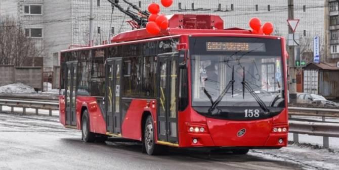21 несбывшееся обещание: в Брянске появятся новые красные троллейбусы