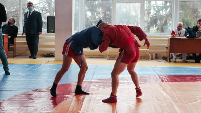 Брянские спасатели победили на чемпионате по самбо среди силовиков