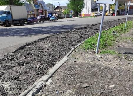 Брянцев на улице Литейной поразил демонтаж нового асфальта