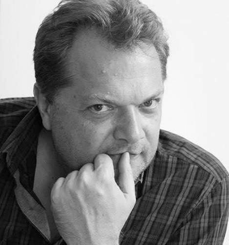Английский драматург поздравил с премьерой брянский драмтеатр