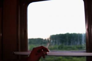Брянец получил штраф за курение в поезде по пути в Карелию