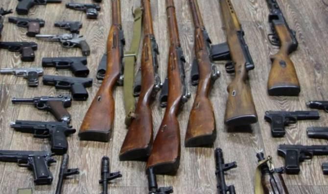 Брянские полицейские за два дня изъяли 23 единицы оружия