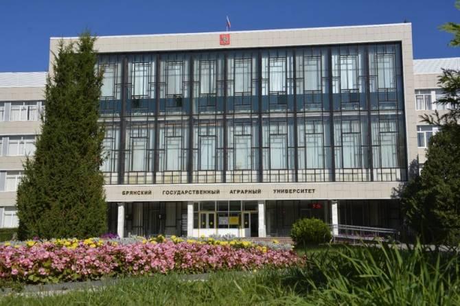 Брянским студентам из-за коронавируса запретили покидать общежитие