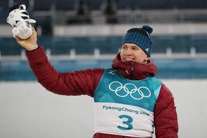 Гонки с участием брянского лыжника Большунова покажет «Первый канал»