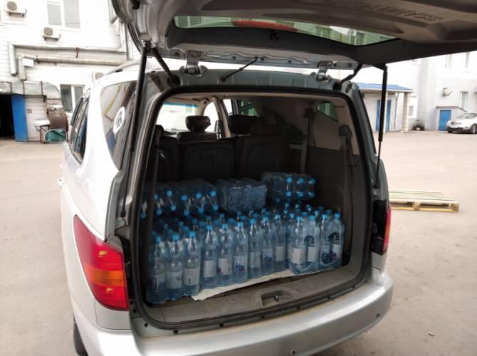 Брянских медиков в условиях коронавируса обеспечили питьевой водой