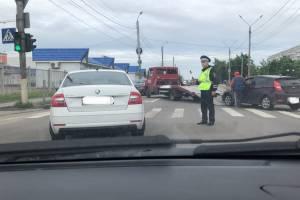 В Брянске на улице Мичурина произошло ДТП: образовалась гигантская пробка