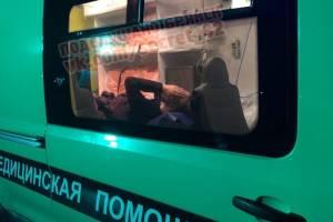 Под Брянском фура протаранила легковушку: есть раненые