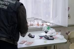 Опубликовано видео обысков в домах и на работе брянских патологоанатомов