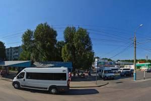 В Брянске изменили расписание проходящих через 10-й микрорайон автобусов