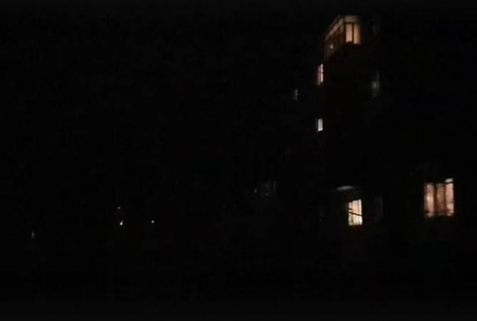 Улицы брянского поселка Белые Берега погрузились в кромешную тьму
