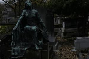 Задержанные в Брянске врачи могут быть замешаны в «кладбищенском» бизнесе