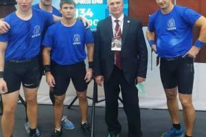 Брянские богатыри добыли серебро на Кубке России по гиревому спорту