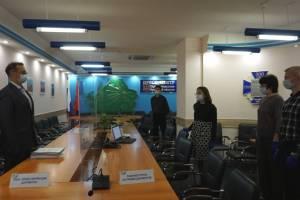 Еще два кандидата на пост брянского губернатора нашли поддержку депутатов