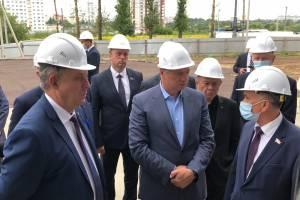 Вице-премьеру России показали брянский Дворец единоборств