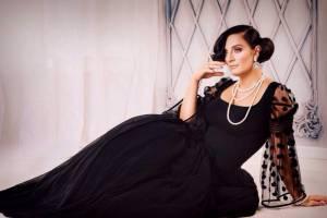 На концерте в Брянске Елена Ваенга исполнила песню «Бабкиных внуков»
