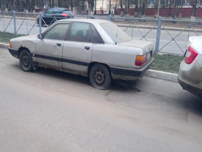 Брянск заполонили беспризорные автомобили