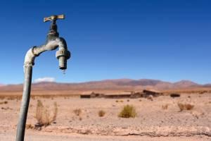 Жители брянского посёлка Локоть на 2 недели остались без воды