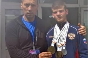 Брянец Кирилл Шумских стал чемпионом мира по пауэрлифтингу
