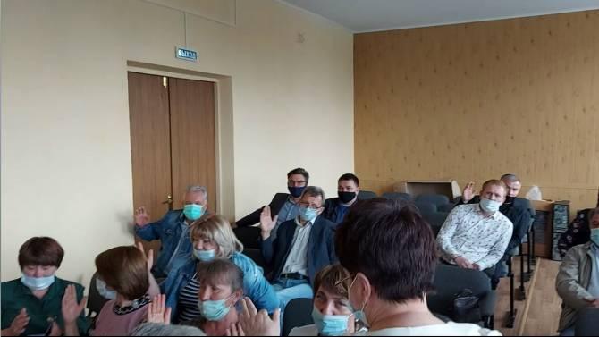 Почепские депутаты Единой России наплевали на собственный электорат
