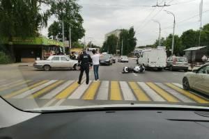 В Брянске на Кургане Бессмертия сбили мотоциклиста