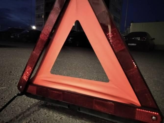 В Брянске на улице Молодой Гвардии водитель протаранил иномарку и скрылся