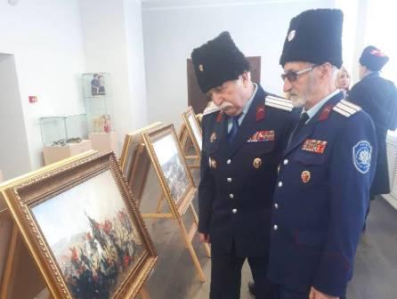 В Брянске казаки организовали выставку картин