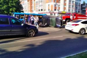 В Брянске из-за аварии встал в пробке проспект Московский