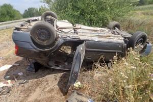 В Почепском районе перевернулась иномарка: у водителя сломано 3 ребра