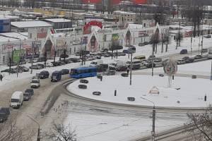В Брянске улица Литейная встала в пробке из-за ДТП