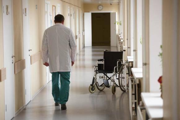 Брянский врач отказался принимать возмущающихся пациентов