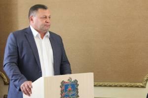 Попавшийся на взятке брянский чиновник оказался соседом Башлакова