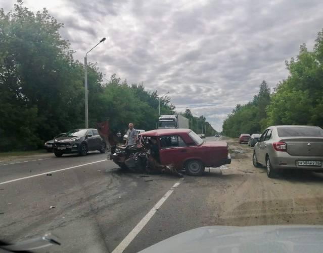 В Брянске устроивший страшное ДТП на Речной водитель, возможно, был пьян