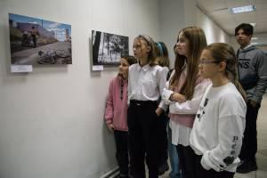 В Брянске открылась фотовыставка «Репортажи добро-ты»