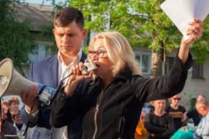 Брянский депутат Нечаева обвинила в потере мандата справедливоросса Зорина